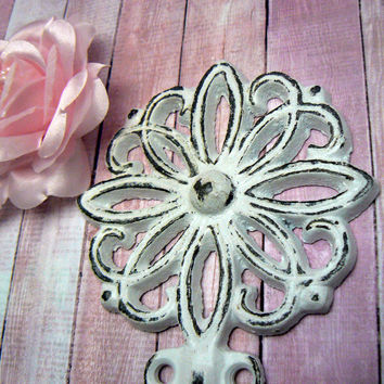 Floral Petal Cast Iron Hook Shabby Style Chic Classic White French Decor Bathroom Flower Towel Leash Coat Key Jewelry Mudroom Wall Hook