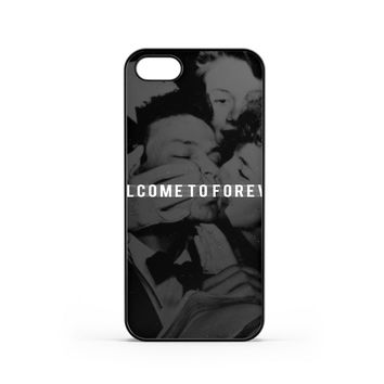 Young Sinatra Welcome iPhone 5 / 5s Case