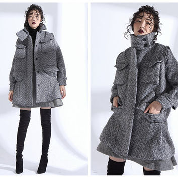 long wool coat,wool jacket,wool coat,oversized coat,wool jacket women,winter coat,winter jacket,warm coat,grunge coat,gray coat.--E0798
