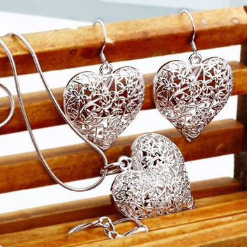 925 Sterling Silver Heart Necklace & Earring Set