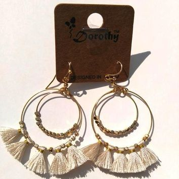Tread Tassel Fan Earrings - Natural