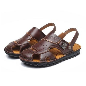 Men Stitching Water Friednly Leather Sandals