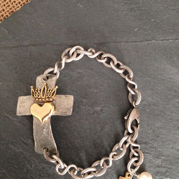 Sideways Cross Bracelet/Queen Of Hearts/Love/Hammered Pewter
