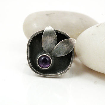 Amethyst Ring, Sterling Silver Leaf Ring, Purple Gem Stone Ring, Silver Leaf jewelry Size 8 - Rainy Day Love Ring