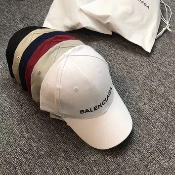 """Balenciaga"" Unisex Simple Fashion Letter Embroidery Baseball Flat Cap Couple Casual All-match Sun Hat"