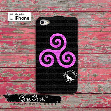 Teen Wolf Inspired Triskelion Symbol Alpha Derek Hale Scott Mccall Pink Custom iPhone 4 and 4s Case and Custom iPhone 5 and 5s and 5c Case