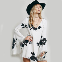Long Bell Flared Sleeved Floral Top