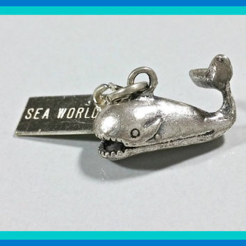 Vintage Silver Charm Killer Whale Shamu Sea World with Tag Bracelet Charm Pendant Travel Souvenir Memorabilia Theme Park Ocean Sea Creature