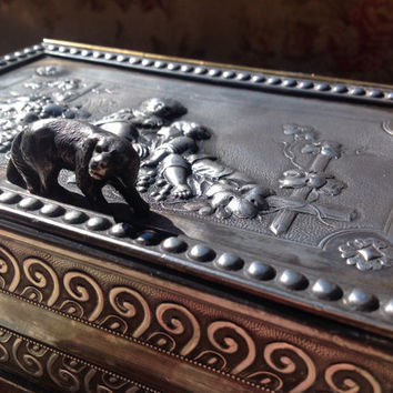 Victorian Silver Plate Dresser Box With Dog Knob Handle And Children Sitting On a Fence Eating Grapes