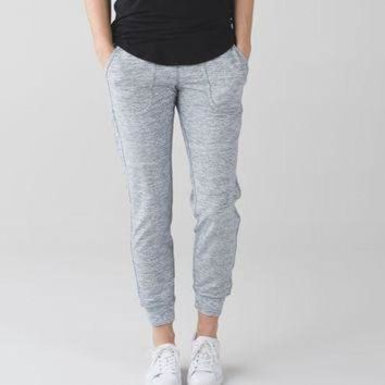 ICIKU3N comfy as sweat pant | yoga & running pants | lululemon athletica