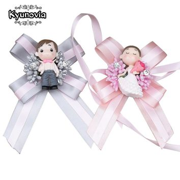 Kyunovia Cute Doll Boutonniere Wedding Groom Buttonhole Lapel Pin Bridal Bracelet Artificial Accessories Wrist Corsage FE79