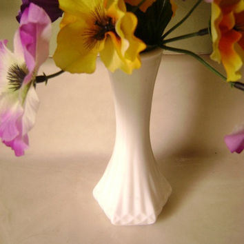 Indiana Hoosier Milk Glass Bud Vase