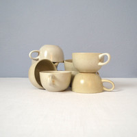 One Heath Ceramics Antique White Coupe Cup - Nine Available