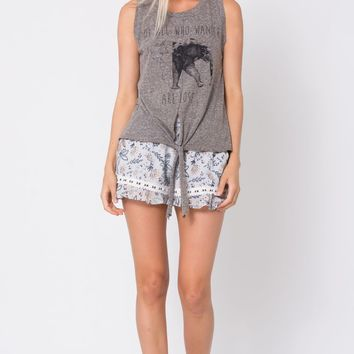 Not All Who Wander are Lost Graphic Sleeveless T - Heather Grey