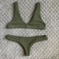 JHENE BOTTOM / OLIVE