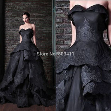 New Attractive Ball Gown Sweetheart ApppliquesTiered Black Bridal Dress Wedding Dress