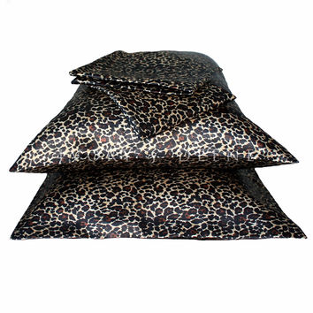 Luxury Set of 2 Leopard Print Satin Pillowcases