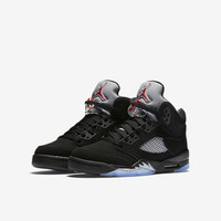 The Air Jordan 5 Retro OG Big Kids' Shoe (3.5y-7y).