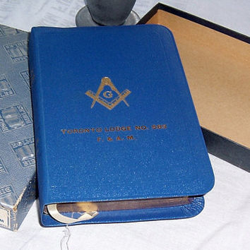 1950 Holman Masonic Bible, Fraternal Bible, Blue Standard King James Bible, Original Box THe Great Light in Masonry Temple Illustrated