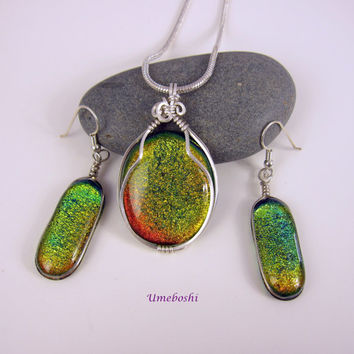 Argentium Silver Wire Wrapped Dichroic Fused Glass Jewelry Set in Spring Green and Fiery Orange Dichroic Glass Cabochons by Umeboshi