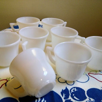 8 Vintage Hazel Atlas Child's Tea Cups, Milk Glass Demitasse Cups , Hazel Atlas Espresso Cups , Hazel Atlas Milk Glass, Child's Tea Set