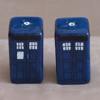 Doctor Who inspired TARDIS salt and pepper shaker set