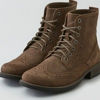 AEO Men's Wingtip Boot (Taupe)