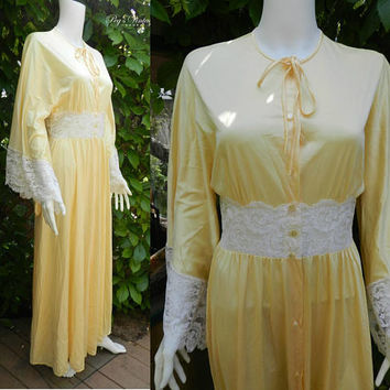 1960's LINDA LINGERIE Yellow Satin Gown Robe / Satin Lace Full Length Peignoir Lingerie, Vintage Long Night Gown Size M