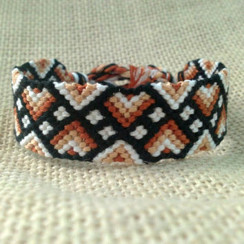 Friendship Bracelet - Brown, White & Black Zig Zag Pattern