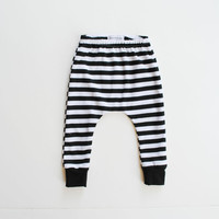 striped baby leggings / toddler harems / hipster baby toddler kid pants / black and white stripes