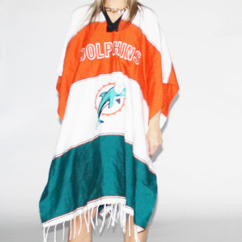 Vintage 90's NFL Miami Dolphins Woven Poncho – Vanguard Vintage Clothing