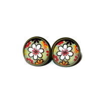 Dasiy Flower Post Earrings Brass Plated Cabochon Earrings, Stud Earrings