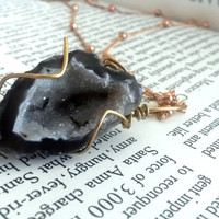 Black Geode Necklace - Raw Crystal Jewelry - Raw Geode - Geode Jewelry - Geode Druzy - Agate Geode - Crystal Healing - Bohemian Jewelry
