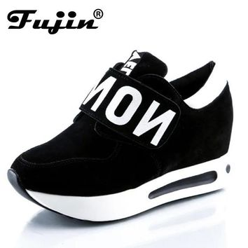 Women Platform Running Shoes With Velcro Strap Closure