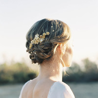 "Romantic gold flower and crystal hair comb ""Paige"""