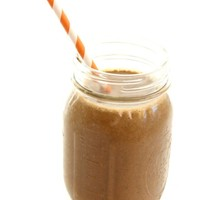Happy Foods: Chocolate Peanut Butter & Banana Smoothie Recipe - Free People Blog