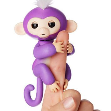 Fingerlings Monkeys Interactive Baby Monkeys Mia Purple