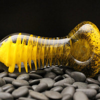 Extra Thick Yellow and Black Flat Mouthpiece Glass Pipe