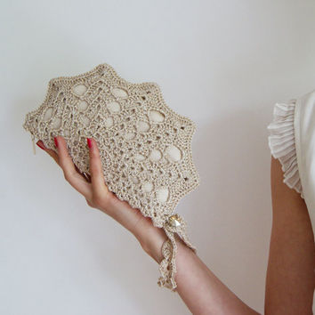 Pale Golden Crochet Shell Clutch With Swarovski Button