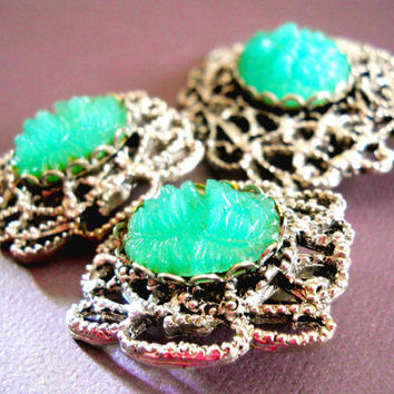 Peking Glass Brooch Molded Green Earrings Vintage Filigree Set