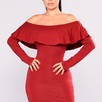Katrin Flounce Dress - Burgundy