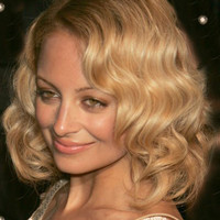 """Celebrity Wigs 16""""?Shoulder Length Wavy Without Bangs Synthetic Wigs for Women Brown"""