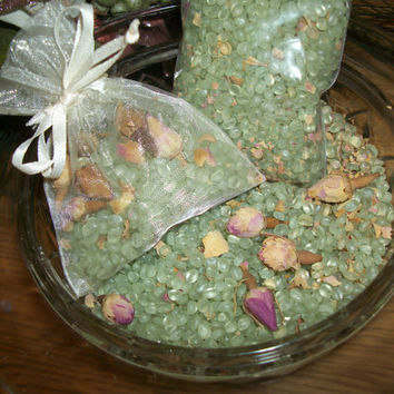 Tea Rose Scented Potpourri Green Scent Infused Wax Beads Fragrant Home Decor Craft Supplies Favor Showers Baby Bridal Wedding 2 Ounces