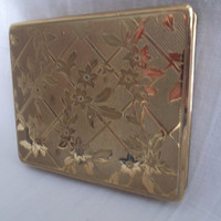 Powder compact unused gold tone with floral trellis decoration. Ideal Mother's Day, Birthday, Anniversary, Bridesmaid Gift