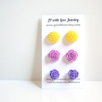 Flower stud earrings purple Stud earrings lilac stud by JPwithLove