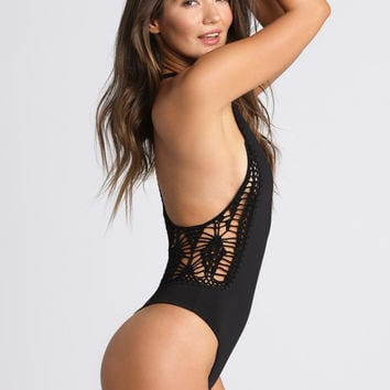 Pagoda One Piece in Black
