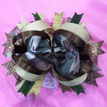 Hunting military camo over the top hair clip bow by 2girls2Tus