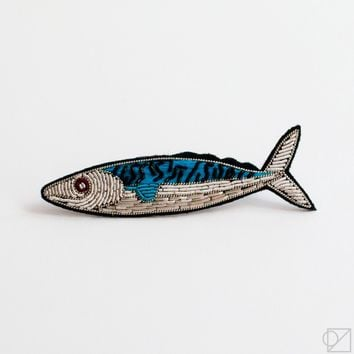 Macon & Lesquoy Mackerel Hand Embroidered Pin