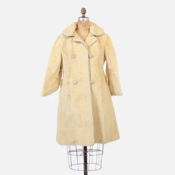 Vintage 60s SHEARED FURCoat / 1960s Soft Ivory Genuine Kangaroo Fur Coat S