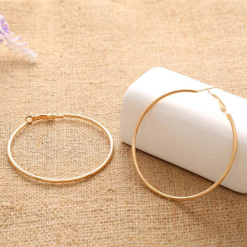 Fashion Women Big Circle Hoop Earrings Hot Sale Simple Designed Loop Earring women Earring Basketball Wives Earrings